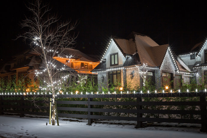 Christmas Done Bright.Residential Christmas Light Installation Shack Shine